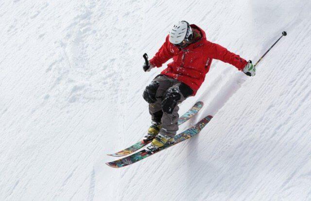 Jak wybrać kask narciarski?
